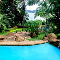 1257 Hartbeespoort Dam Lodge Swimming Pool Thm
