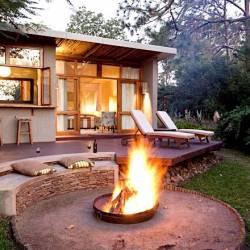 1306 Chantilly Resort Zinkwazi Boma Night Thm