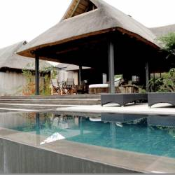 1454 Imvubu Lodge   Swimming Pool And Deck Thm