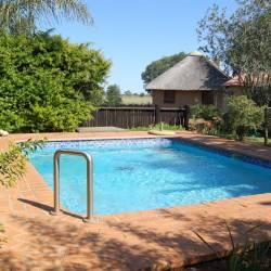 1273 Gallery Inn Bela Bela Swimming Pool Thm