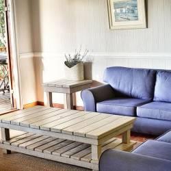 1478 Mar E Sol 20 Lounge Thm